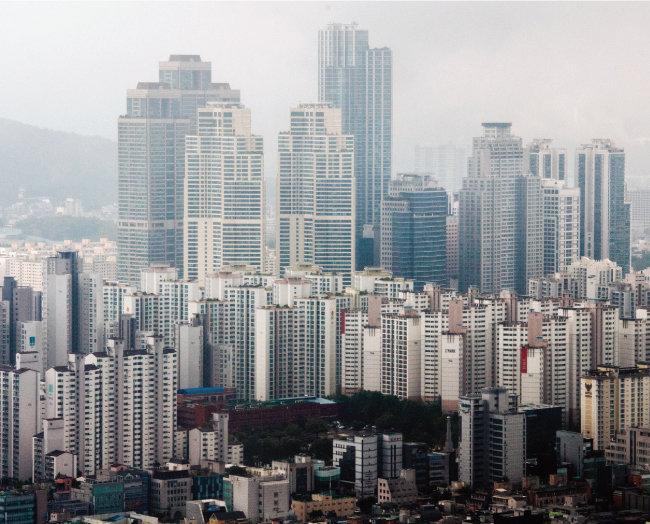 서울 강남구 코엑스에서 바라본 아파트 밀집지역. [뉴스1]
