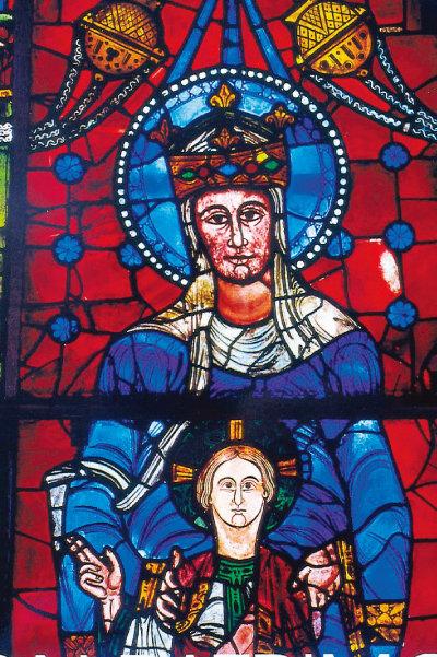 프랑스 샤르트르 대성당 스테인드글라스에서 청색 의상 차림의 성모 마리아. [사진 제공 · 민음사]