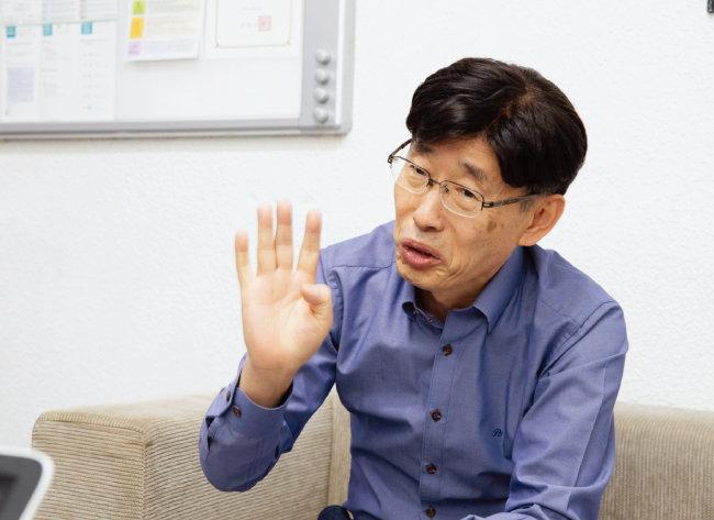 최명석 신안대우병원 원장. [지호영 기자]