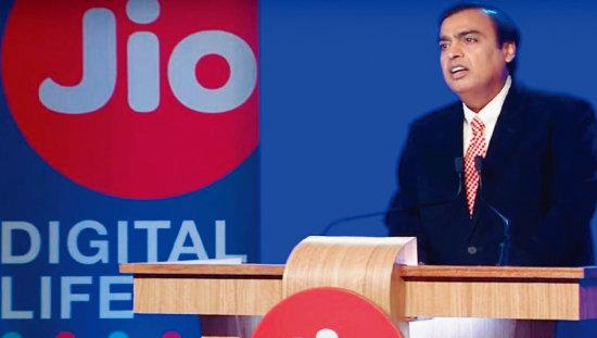 5G 구축을 강조하고 있는 인도 최고 부자 무케시 암바니 릴라이언스 인더스트리 회장. [지뉴스]