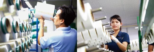 효성 베트남 공장의 타이어코드 생산 현장(왼쪽). 효성 베트남 공장의 스판덱스 생산시설. [사진 제공 · 효성]