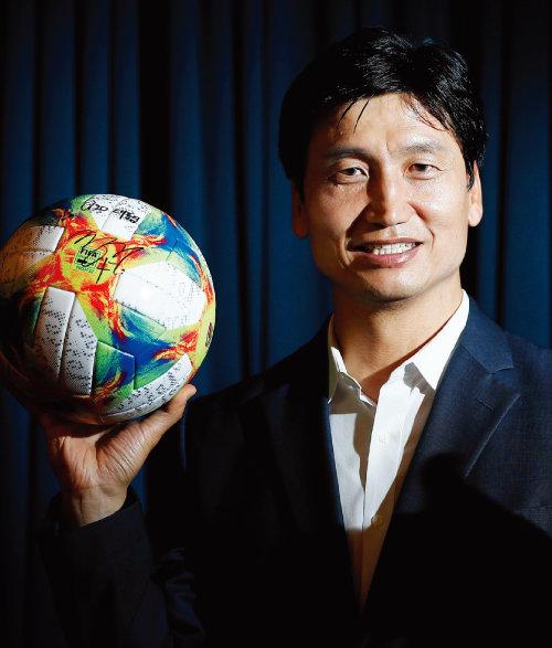 10월 대한민국 체육상  지도자상을 수상한 정정용 FIFA U-20  월드컵 감독. [동아DB]