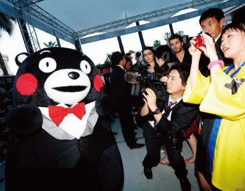 2015년 5월 프랑스 칸영화제에 참석한 일본 구마모토현의 홍보 캐릭터 '구마몬'. [GettyImages]