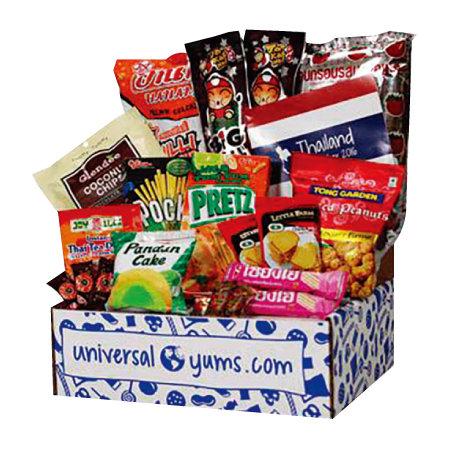 매달 나라 1개를 정하고 그 나라를 대표하는 과자를 박스에 담아 정기적으로 배송해주는 '유니버셜 얌스'. [유니버셜 얌스]