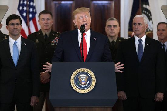 1월8일 오전 11시30분(현지시각) 트럼프 미국 대통령이 이란의 이라크 미군기지에 대한 미사일 공격에 대해 미국의 입장을 밝히고 있다. [동아db]