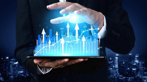 은행을 비롯한 금융기관이 투자 기반 기술금융으로 이동한다면 부동자금을 일부 흡수할 수 있을 것이다. [GETTYIMAGES]