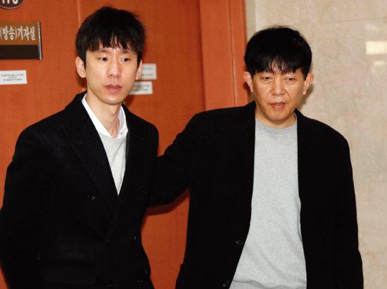 타다 서비스를  이끌어온 이재웅  전 쏘카 대표(오른쪽)와  박재욱 VCNC 대표. [동아DB]