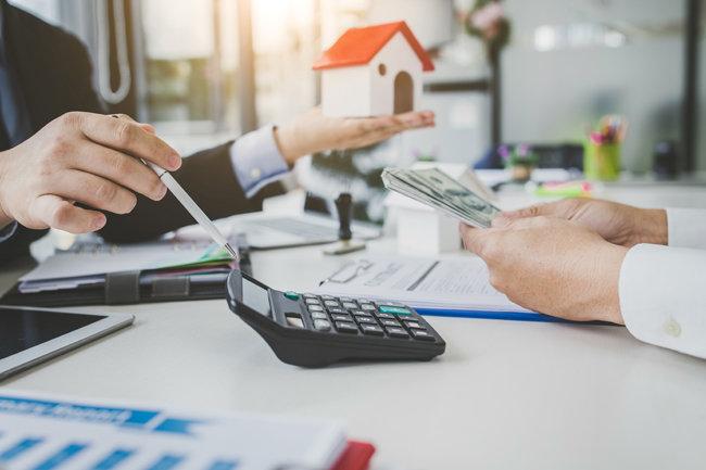 주택임대사업자 과세 기준이 바뀌면서, 전월세 시장이 빠르게 변하고 있다 [GettyImages]