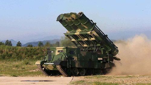 북한 금성 3호 미사일 발사 훈련.