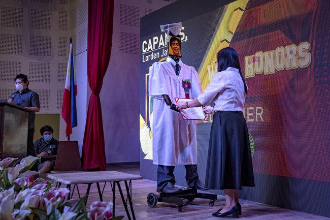 2020년 5월 22일 필리핀 마닐라에 있는 학교에서