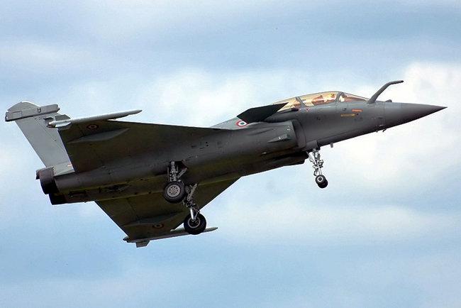 프랑스의 쌍발 전투기 라팔. [위키피디아]