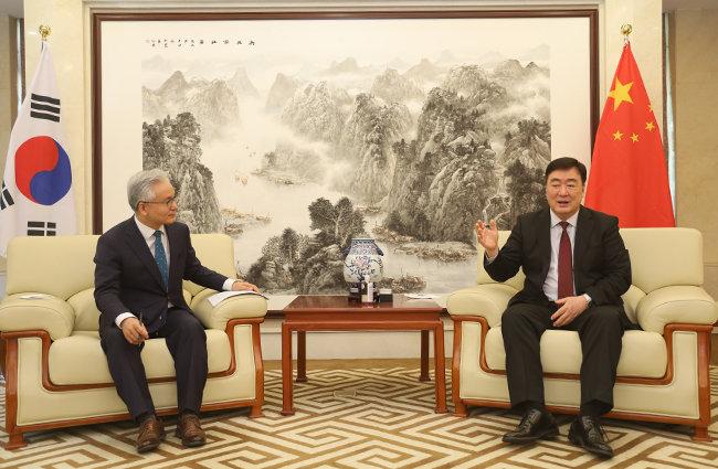 싱하이밍 대사는 사드 갈등 이후 시작된 중국의 한한령도 올해 안으로 사라질 것으로 예상했다.