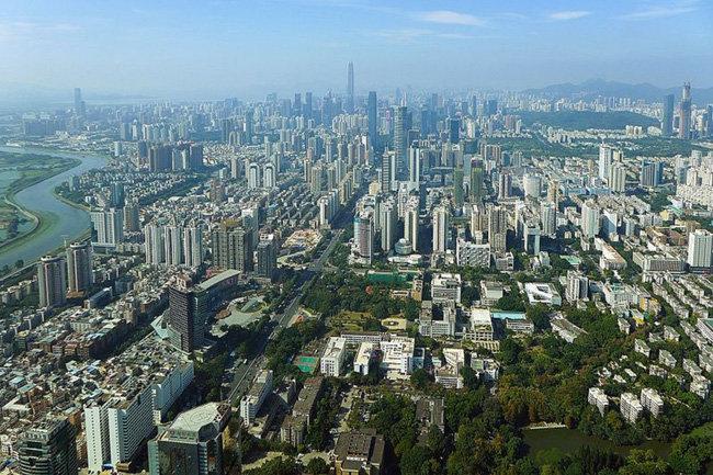중국 정부가 홍콩 대체지로 키우고 있는 광둥성 선전의 모습. [위키피디아]