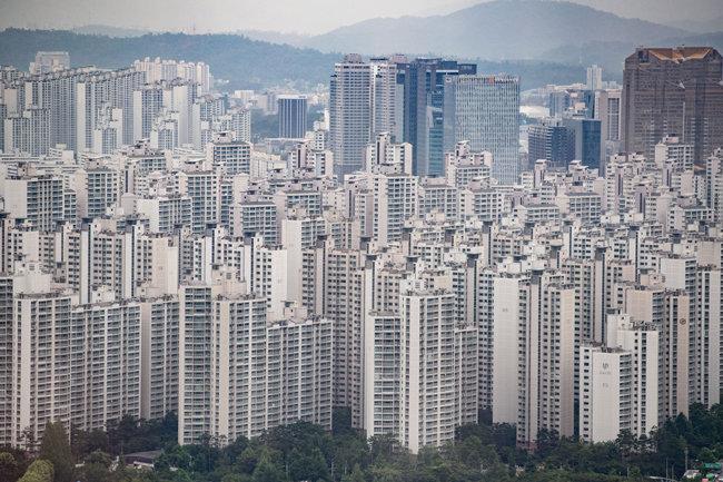 서울 시내 아파트 단지 전경.  [뉴스1]