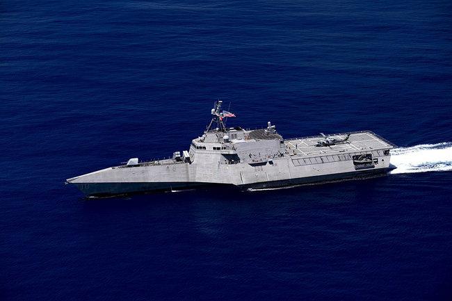미 해군 연안전투함(LCS) 개브리엘 기퍼즈.  [USS Gabrielle Giffords]