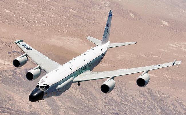 미군 전자정찰기 RC-135V/W 리벳 조인트. [미국연방정부 제공]