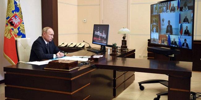 코로나 백신을 세계 최초로 개발했다고 발표한 블라디미르 푸틴 러시아 대통령.