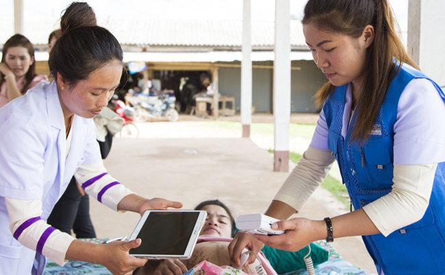 한국국제보건의료재단은 개발도상국의 모자보건증진에도 앞장서고 있다.