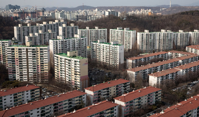 서울 아파트 공시가격이 문재인 정부 3년간 크게 올랐다. [뉴스1]