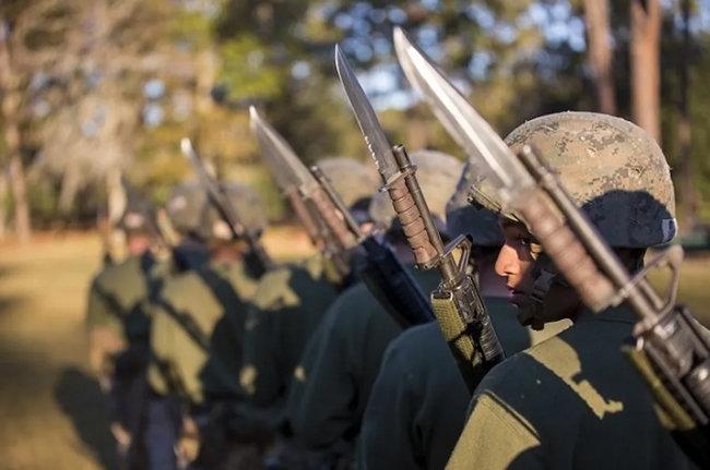미 육군의 총검술 훈련 모습. [U.S. Marine Corps 미국 해병대 홈페이지 제공]
