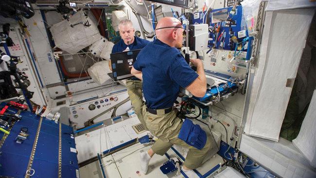 우주비행사를 위한 원격의료 시스템. [출처·NASA]