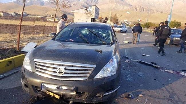 이란 핵물리학자 모센 파크리자데가 암살당한 현장의 자동차. [Tasnim]