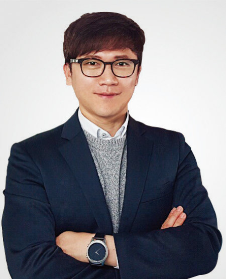 고객만족을 최우선으로 여기는 박중권 보험닷컴 대표.