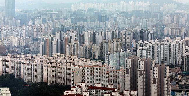 부동산 전문가 다수는 새해에도 집값 상승을 예상하고 있다. [뉴시스]