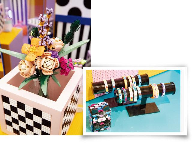 레고로 만든 꽃다발이 인상적이다(왼쪽). 원래대로면 직접 만들어볼 수 있었던 도트 팔찌. [지호영 기자]