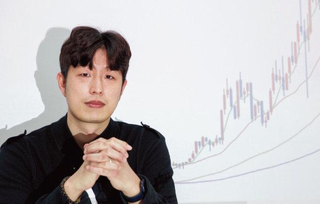 김현준 더퍼블릭자산운용 대표는 2015년 더존비즈온에 투자해 지난해까지 1024% 누적수익률을 올렸다. [조영철 기자]
