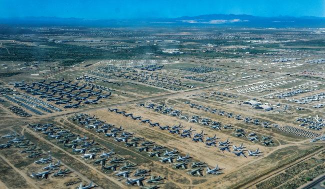 미국 애리조나주에 있는 항공우주 정비 및 재생 센터(AMARC).  [위키피디아]