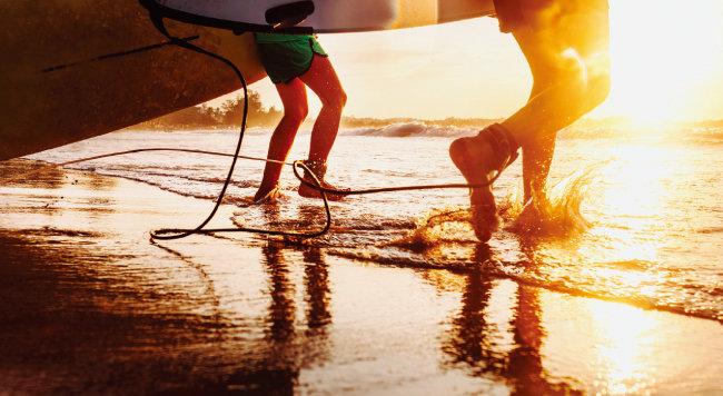 경제적 효능에 지배당하지 않고 오로지 감성에 따라 움직일 수 있는 서핑. [GettyImages]