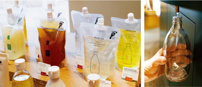 아로마티카의 리필 제품(왼쪽). 리필 스테이션에서 다양한 제품을 덜어 살 수 있다. [홍태식]