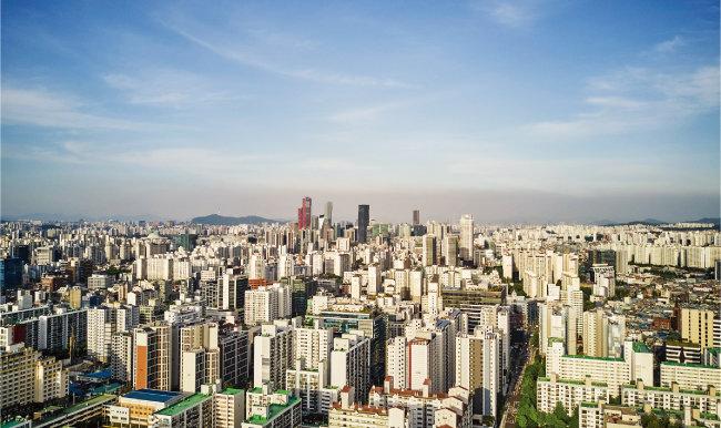 글로벌 부동산시장 조사업체 글로벌 프로퍼티 가이드가 밝힌 최근 10년간 서울 집값의 실질상승률은 17.33%이다. [GETTYIMAGES]