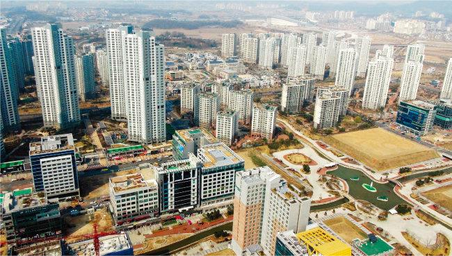 인천경제자유구역인 서구 청라국제도시. 올해 상반기 인천 집값이 전국에서 가장 많이 올랐다. [동아DB]