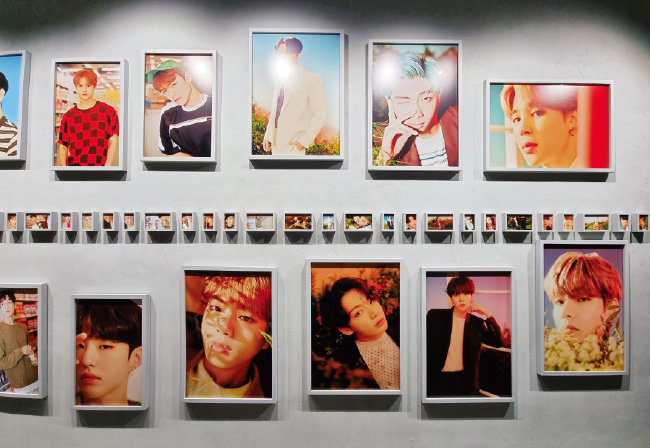 하이브의 얼굴들이자 케이팝(K-pop)을 빛낸 얼굴들. [구희언 기자]
