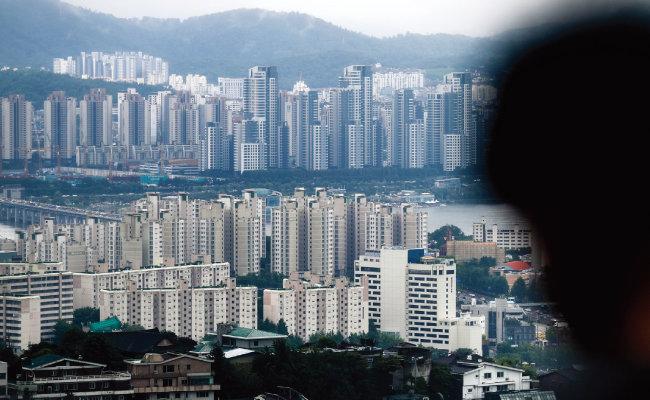 6월 서울의 아파트 평균 매매 가격은 11억4283만 원을 기록했다. [뉴시스]
