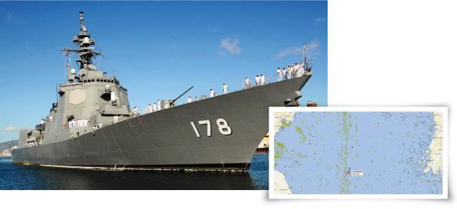 일본 해상자위대 구축함 '아시가라'함(왼쪽). 7월 12일 서해에 나타난 일본 해상자위대 구축함 '아시가라'함(JS ASHIGARA)의 선박자동식별시스템(AIS) 기록. [위키피디아, 사진 제공 · 신인균]