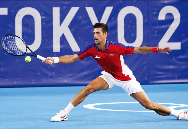 체감 온도가 40도에 육박한 가운데 치러진 도쿄올림픽. 남자 테니스 세계 랭킹 1위 노바크 조코비치도 무더위로 인한 경기의 어려움을 토로했다. [뉴시스]