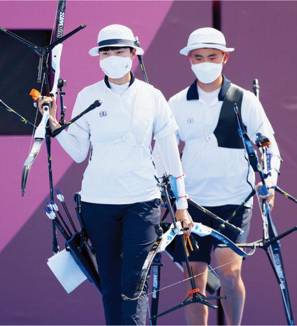 '성평등 올림픽'을 내건 도쿄올림픽에서 한국도 양궁 혼성단체전 금메달을 따며 혜택을 봤다. [뉴시스]