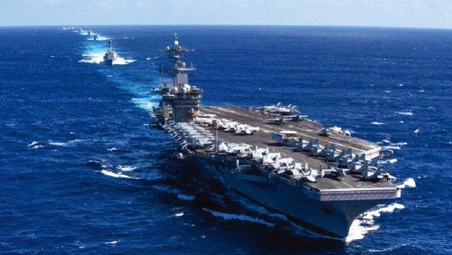 5월 9일 남중국해에서 훈련 중인 미국 해군 제9항공모함전투단. [사진 제공 · 미 해군]