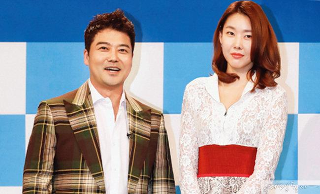 지난 3월 19일 열린 MBC '나 혼자 산다' 5주년 기념 기자간담회에 함께 모습을 드러낸 전현무·한혜진 커플.