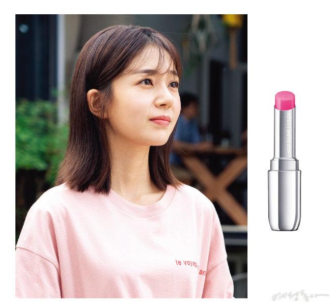 슈에무라 쉬어 컬러 밤 글로우 인 핑크 3.4g 3만5천원대.
