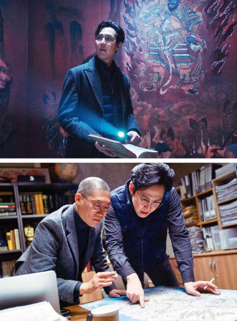영화 '사바하'에서 사이비 종교 전문가 박 목사로 분한 이정재.