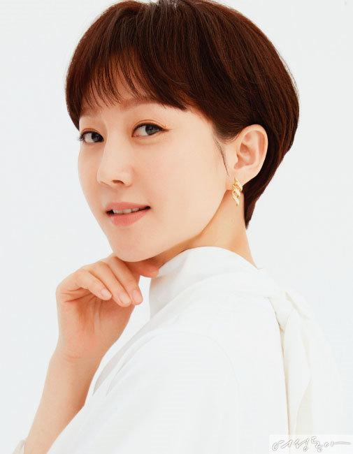 'SKY캐슬'의 '연기 퀸' 염정아