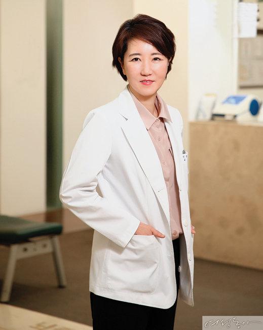 치매 치료의 전문가인 정지향 교수. [사진 이상윤]