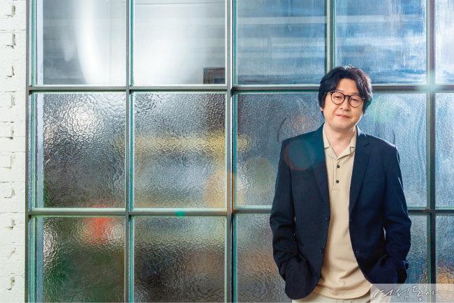 김윤석 연기파 감독의 탄생기