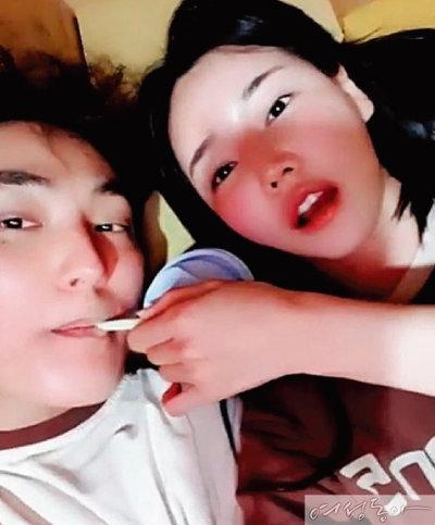 1세대 아이돌 대표, '양다리'로 무너지다