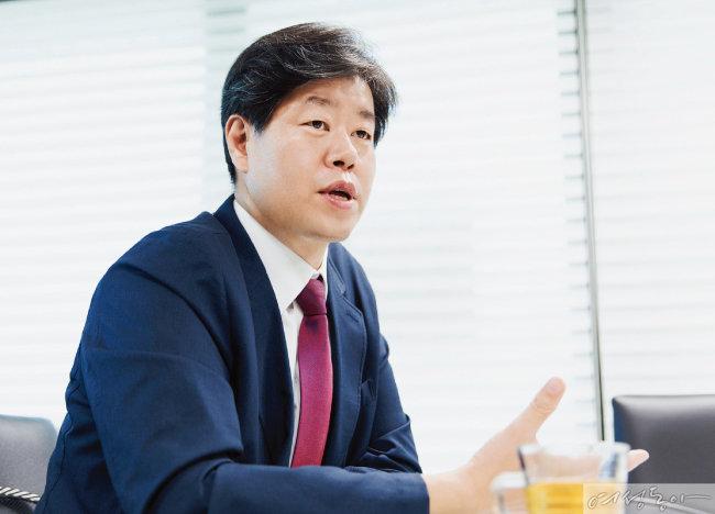 """""""미세먼지 줄이기, 시민의 관심과 실천에서 시작됩니다"""""""