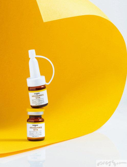 일동제약  아로더미스 비타 앰플   비타민 B와 C를 결합해 피부 진정, 브라이트닝, 항산화, 탄력 케어 등 시너지 효과가 입증된 고함량 비타민 앰플. 5ml×8 12만9천원.
